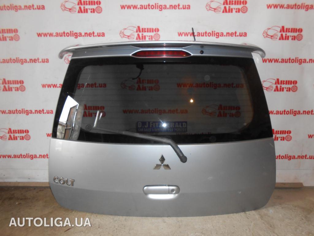 mitsubishi colt крышка багажника